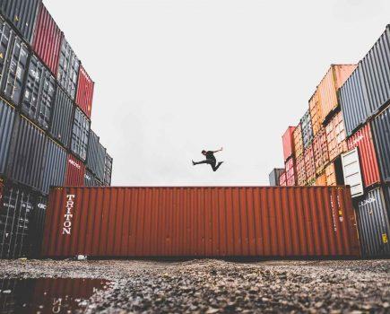 亚马逊将送货服务合作伙伴扩展到现有员工