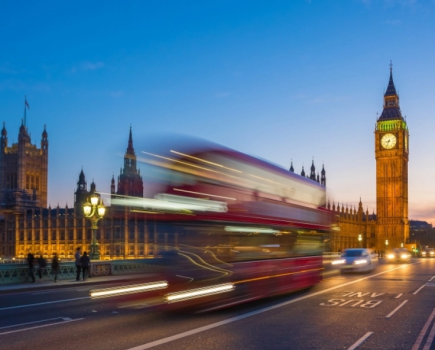 如何看待英国央行和英镑的未来